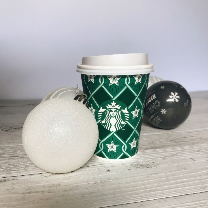 TRYING OUT CHRISTMAS BEVERAGES: ROUND3